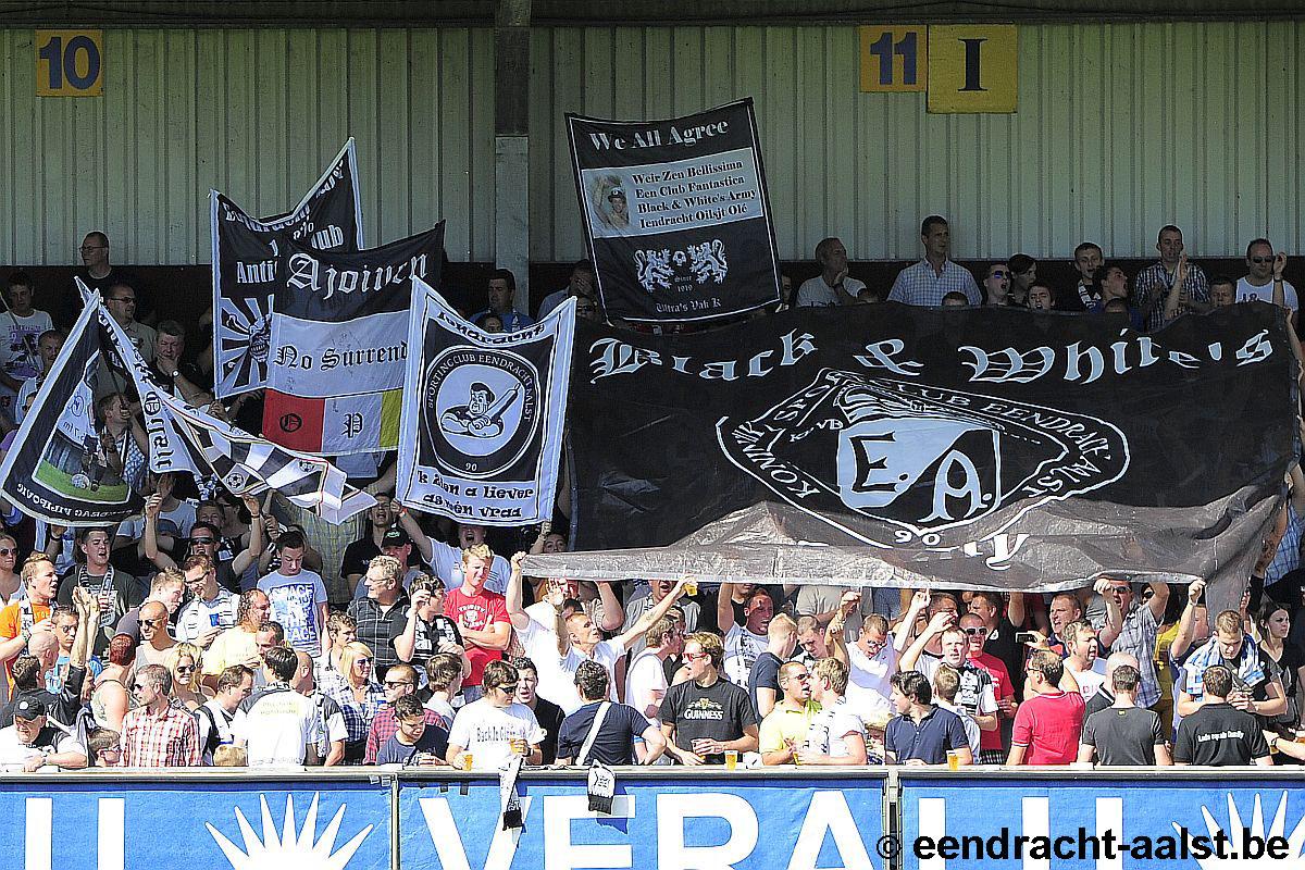 Vlaggen op zondag