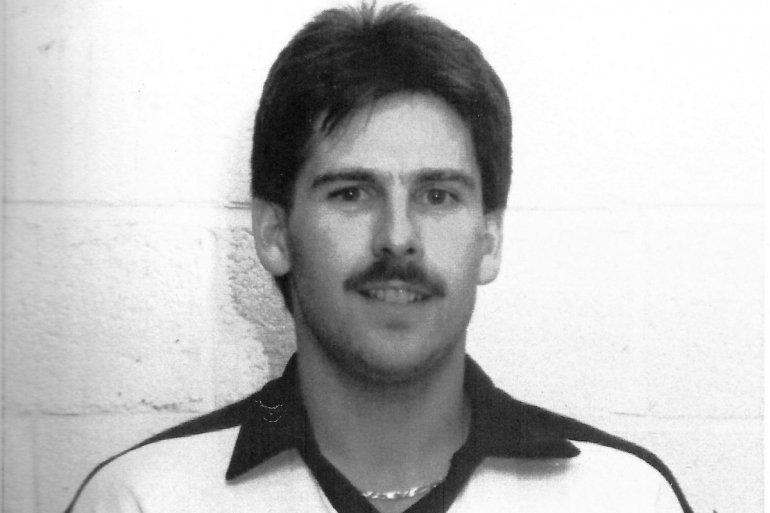 Oud-speler Glenn Geeraerts geeft de aftrap
