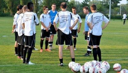 Eerste week training en oefenwedstrijden