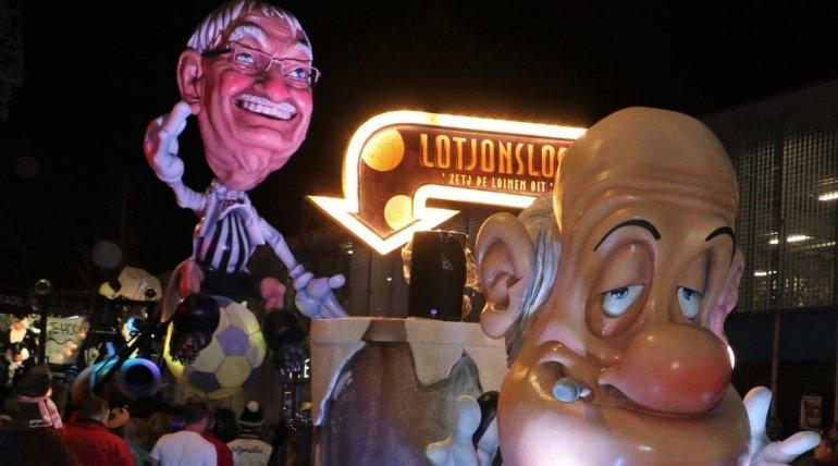 100 jaar Eendracht Aalst in de carnavalsstoet