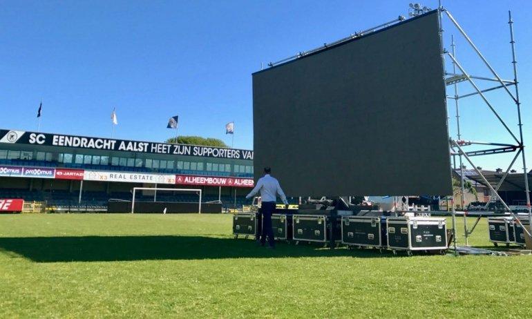 Club Luik-E.Aalst op reuzenscherm in ons stadion