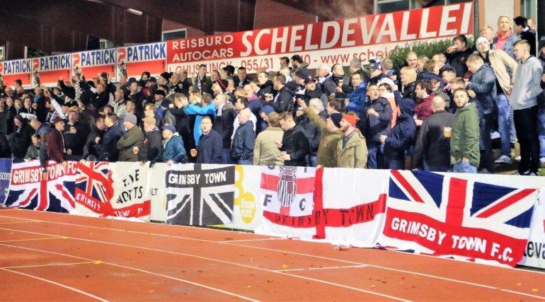 Club veroordeelt supportersgedrag